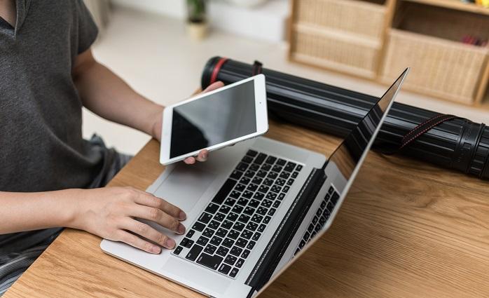 パソコンとタブレットを使う